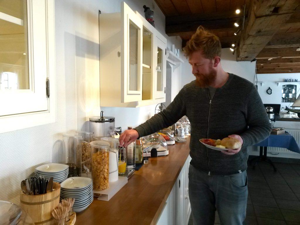 Frühstück im Pharisäerhof auf Nordstrand