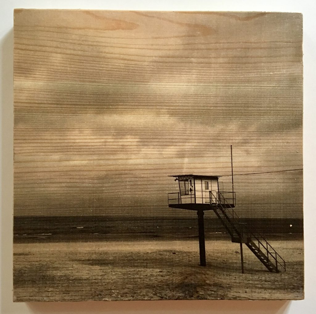 Bild vom Rettungsturm in Ahlbeck/Usedom auf Holz